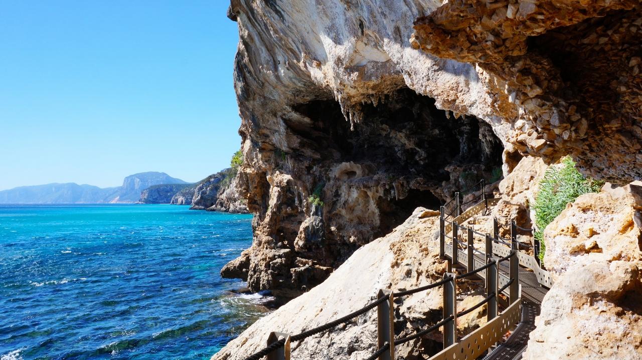 Сардиния: залив Орозеи - Grotte Dei Bue Marino