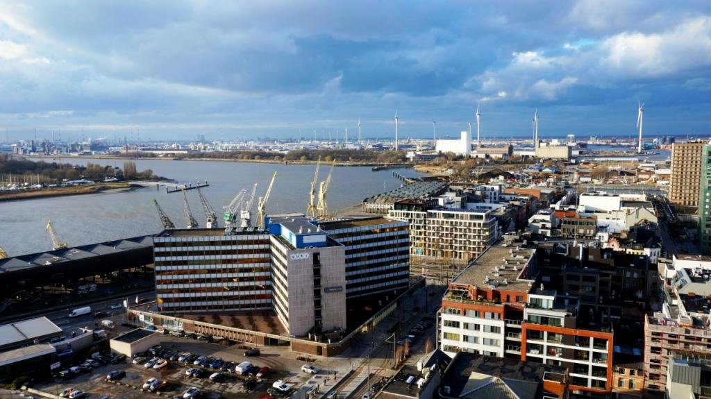 Антверпен, Бельгия - смотровая на город из музея MAS