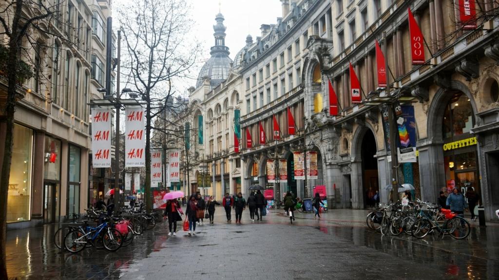 Антверпен, Бельгия - улица Meir
