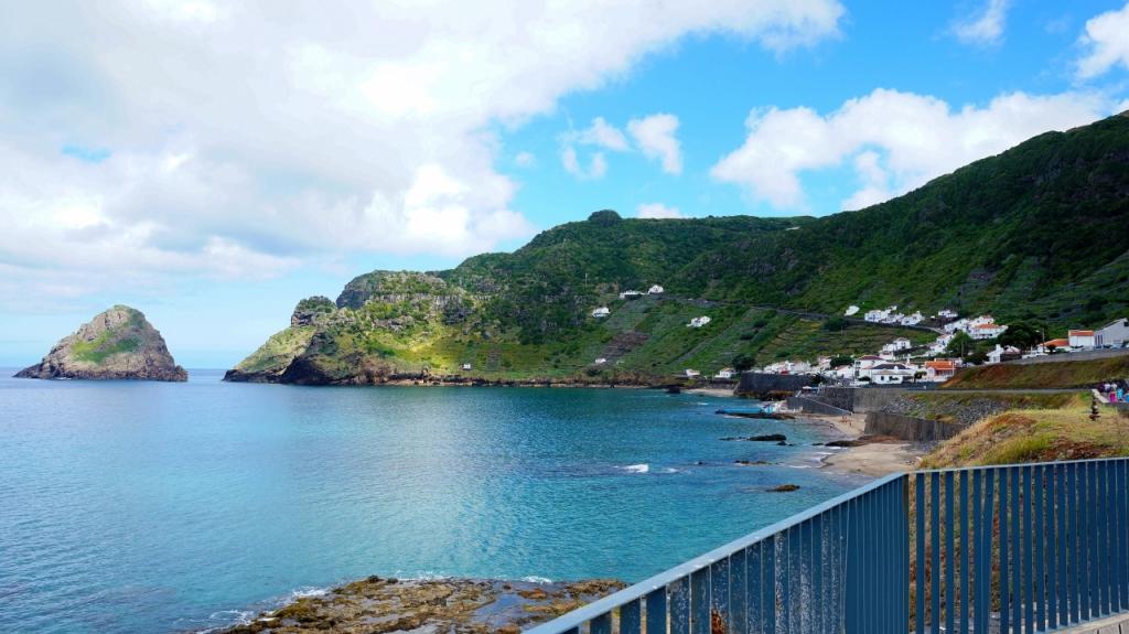 Азорские острова: Санта Мария - baia Sao Lorenco