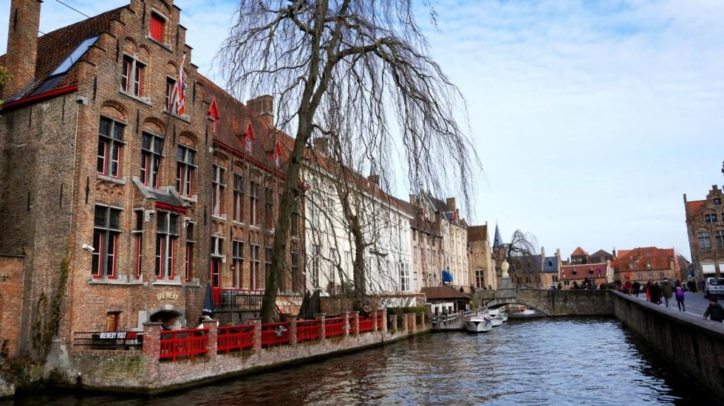 Брюгге, Бельгия: канал De Dijver