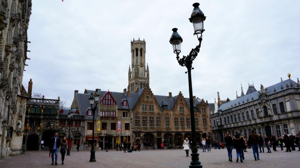 Брюгге, Бельгия: площадь Burg
