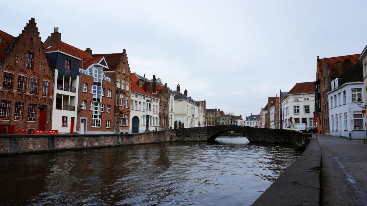 Брюгге, Бельгия: канал Sint Annarei