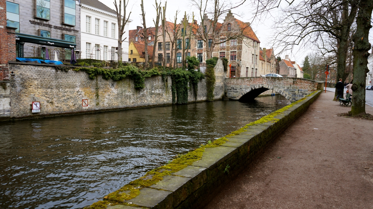 Брюгге, Бельгия: канал Groenerei