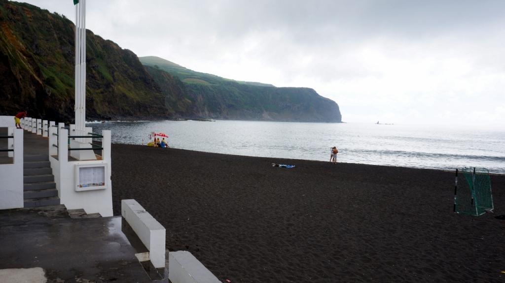 Азорские острова, Сан Мигель: пляж Mosteiros