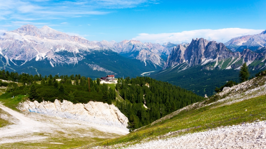 Кортина д'Ампеццо: Маршрут от Rifugio Faloria до озера Sorapiss