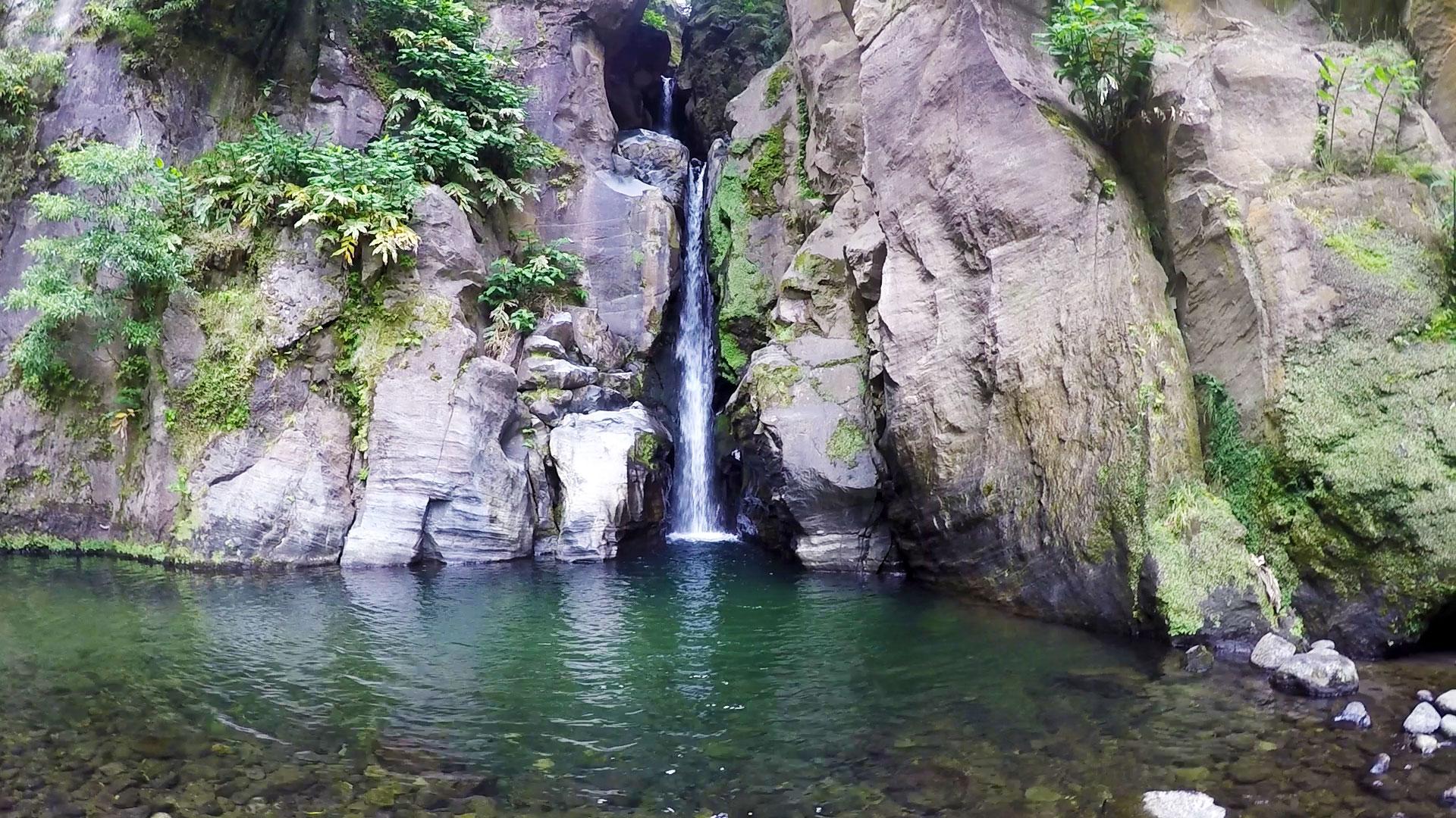 Азорские острова, Сан Мигель: водопад Salto do Cabrito