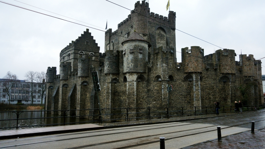 Гент, Бельгия: замок Gravensteen