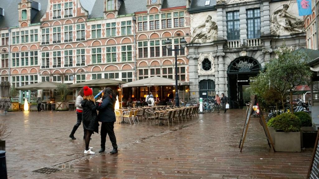 Гент, Бельгия: Площадь Sint Veerleplein