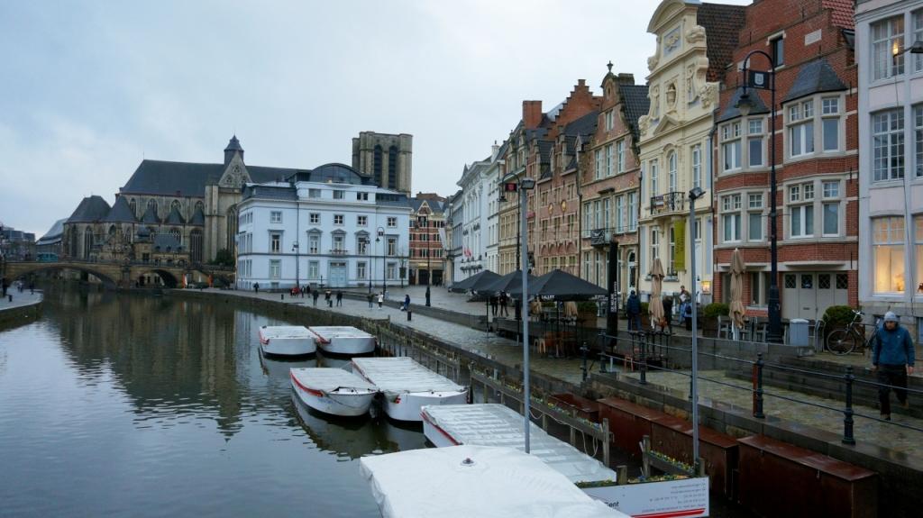 Гент, Бельгия: Улицы Korenlei и Graslei