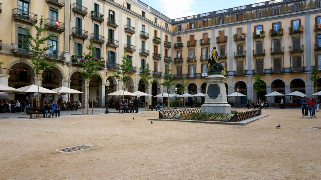 Жирона, Испания: Площадь Независимости