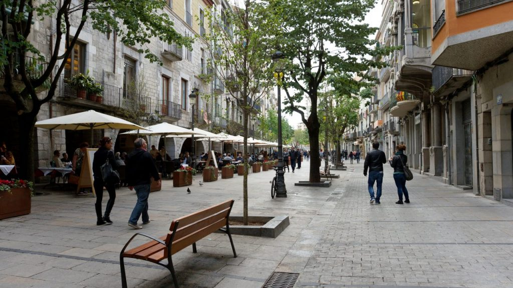 Жирона, Испания: Улица Rambla De La Libertat