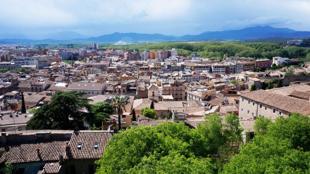 Жирона, Испания: стена Passeig De La Muralla