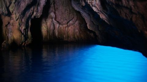 Остров Капри: голубой грот