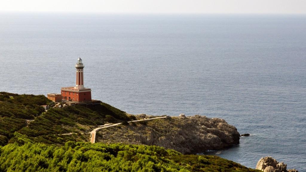 Остров Капри: Маяк Punta Carena