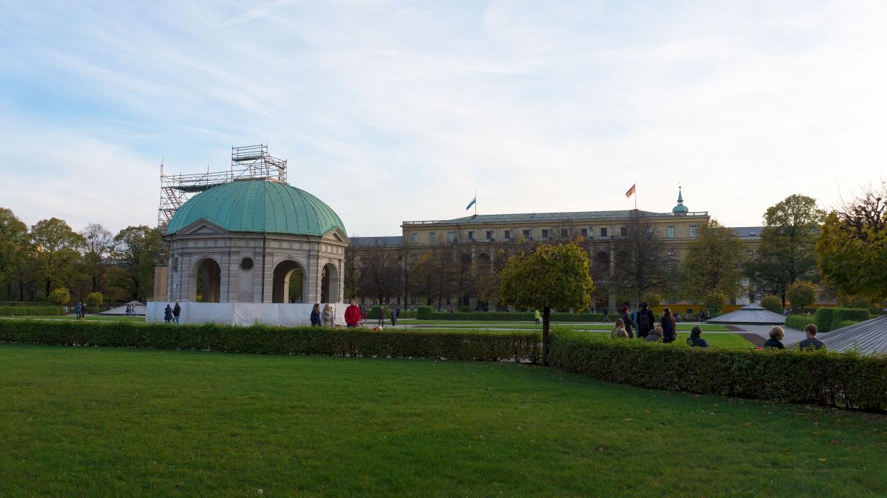 Мюнхен: Парк Хофгартен (Hofgarten)