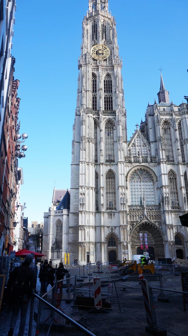 Антверпен, Бельгия - Собор Антверпенской Богоматери