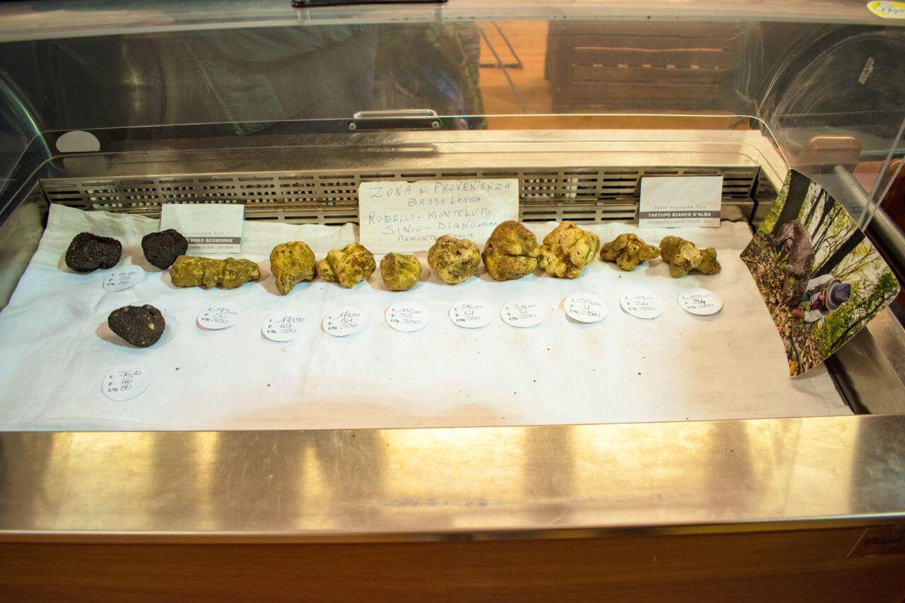 Альба, Италия: фестиваль трюфеля