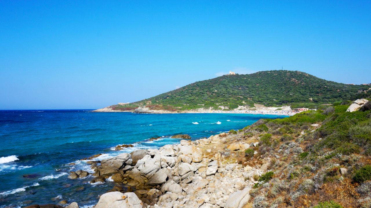Остров Корсика: пляж Plage De Ghjunchitu