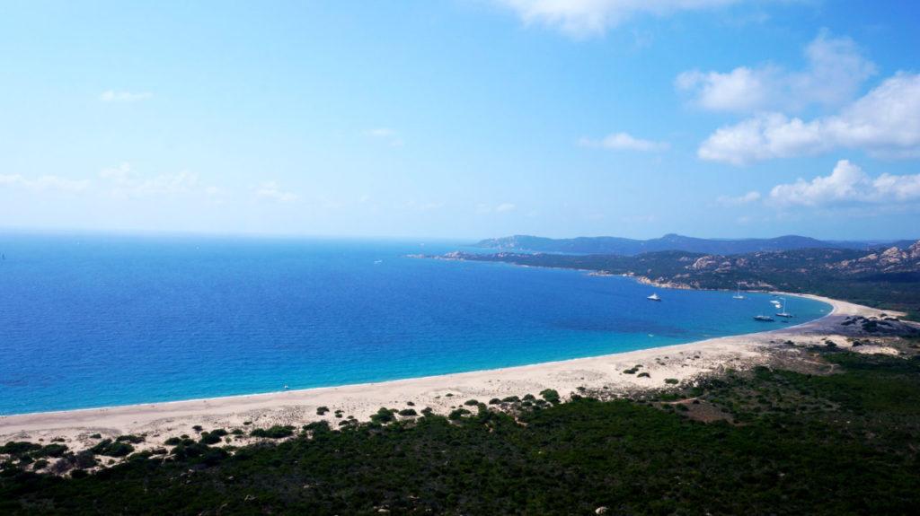 Остров Корсика: пляж Erbaju