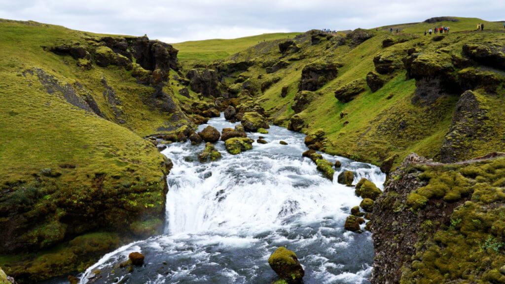 Достопримечательности Исландии: водопад Скогафосс