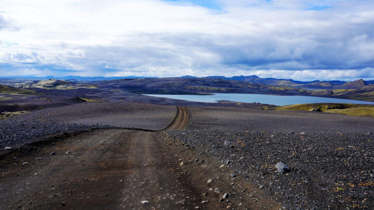 Озеро Ламбаватн