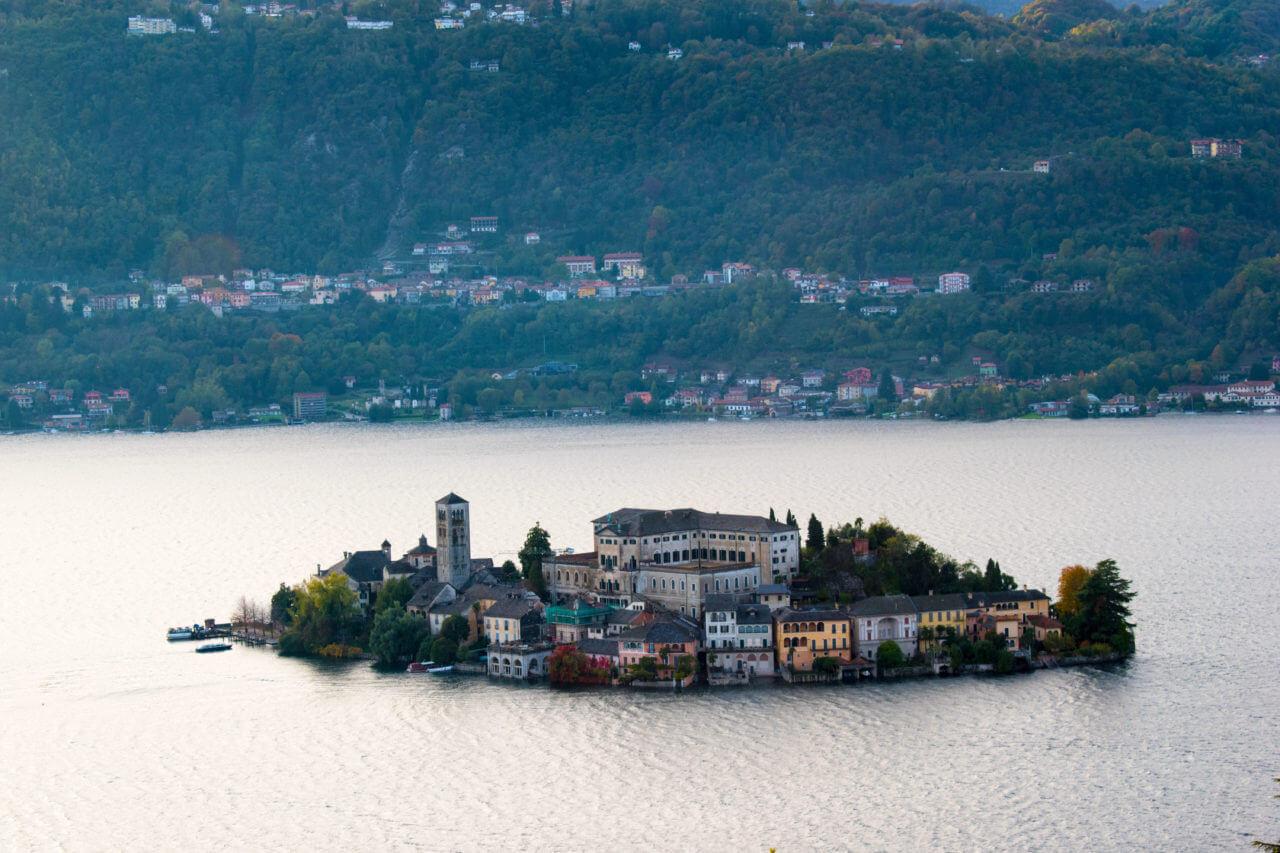 Остров Isola di San Giulio Орта-Сан-Джулио Италия Орта-Сан-Джулио, Италия Orta San Jiulio 20