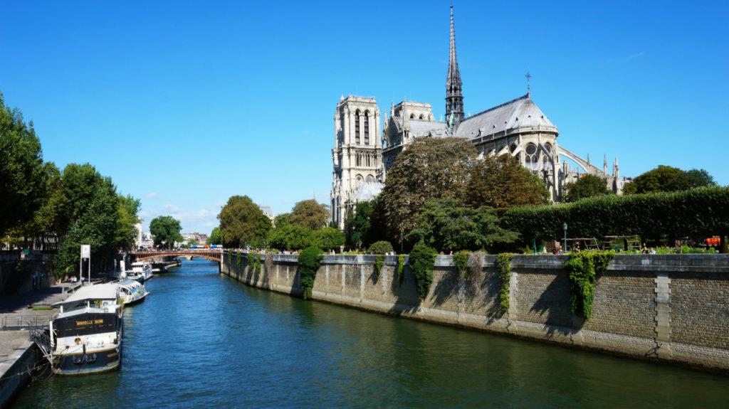 Париж за 2 дня: собор Нотр-Дам-де-Пари париж туры париж все об париже что смотреть париж Париж за 2 дня Paris 01 1024x575
