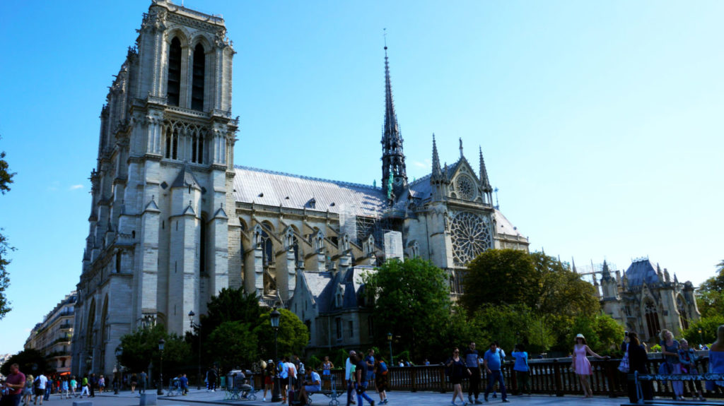 Париж за 2 дня: собор Нотр-Дам-де-Пари париж туры париж все об париже что смотреть париж Париж за 2 дня Paris 04 1024x575