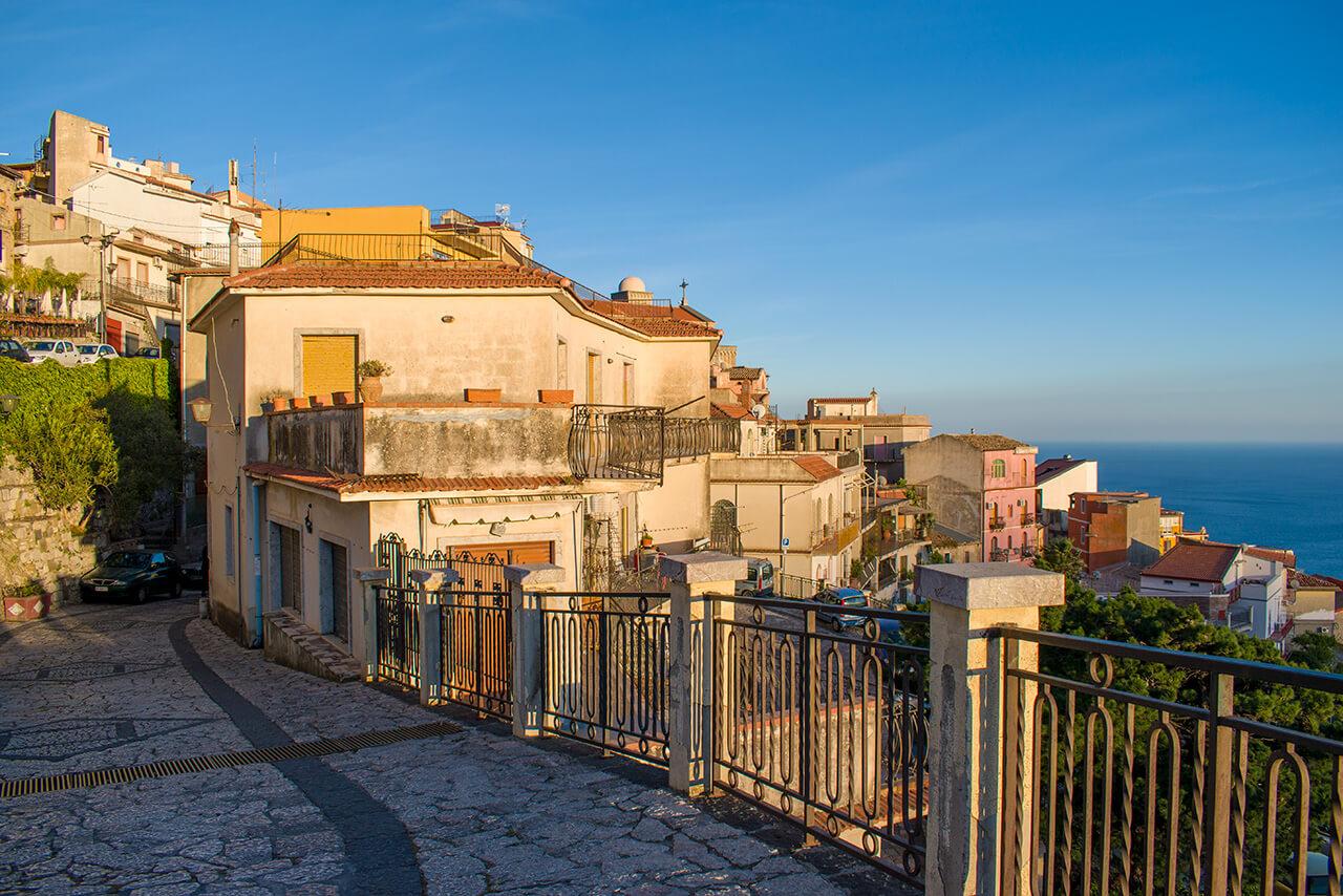 Таормина, Сицилия: деревня Кастельмола Таормина Таормина, Сицилия Taormina 21