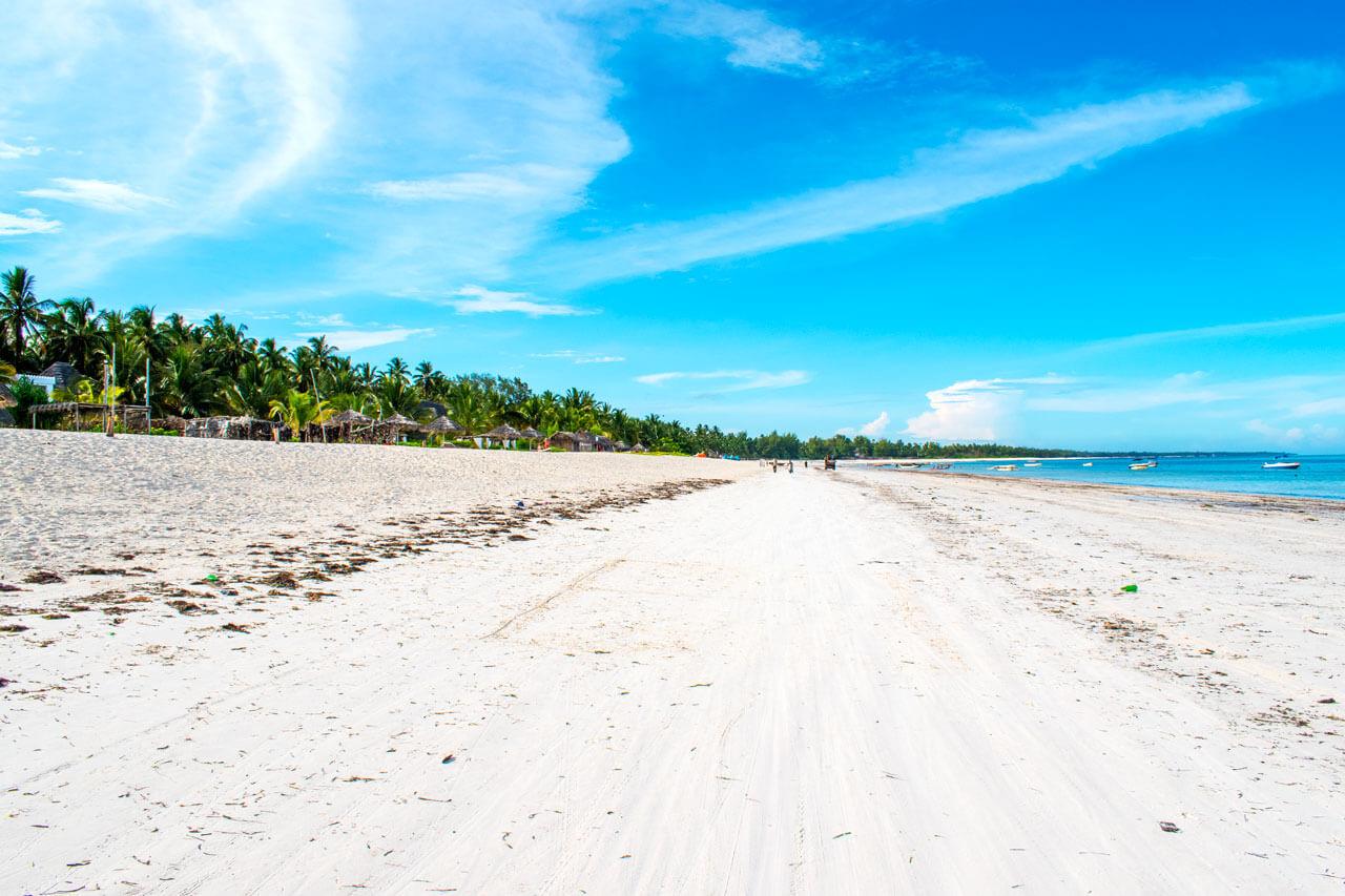Занзибар, Танзания - пляж Pwani Mchangani  Занзибар, Танзания Zanzibar 52