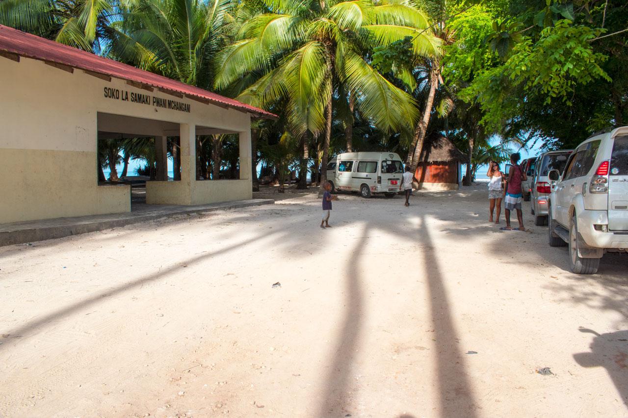 Занзибар, Танзания - пляж Pwani Mchangani  Занзибар, Танзания Zanzibar 53