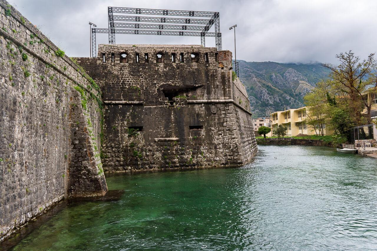 Котор, Черногория: речные ворота