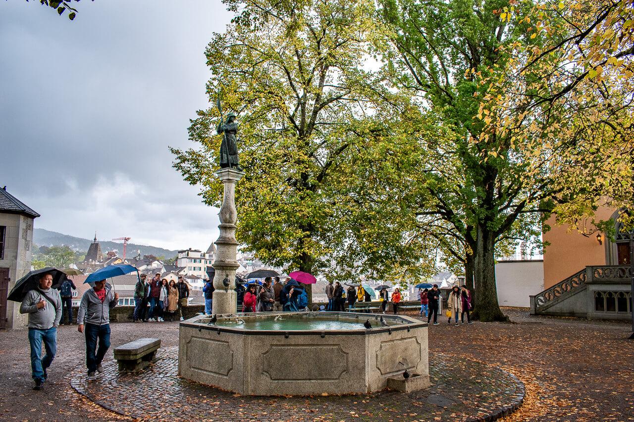Цюрих, Швейцария: смотровая Линденхоф
