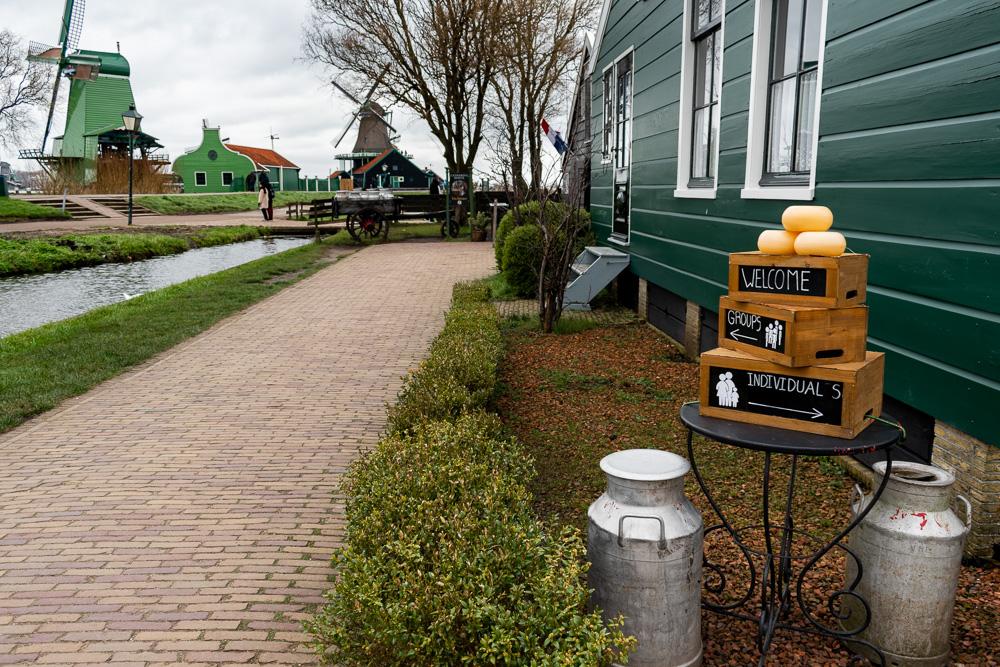 Заансе-Сханс, Голландия: сырная лавка