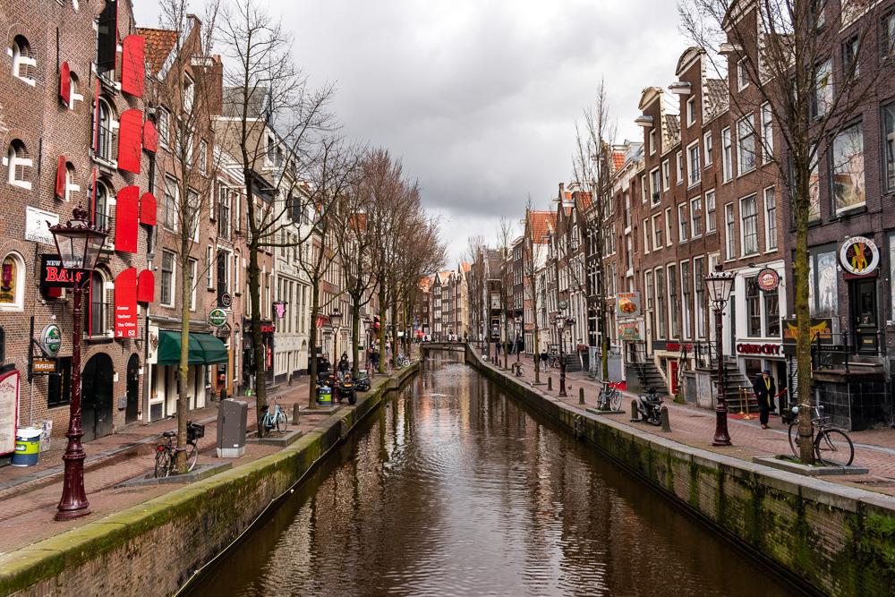 Амстердам за 2 дня: канал Achterburgwal