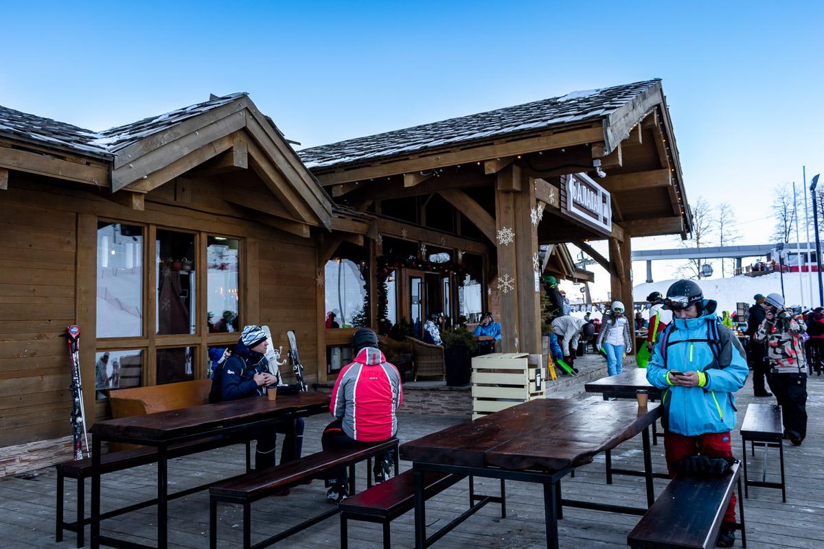 Горнолыжный курорт Роза Хутор: кафе Балаган