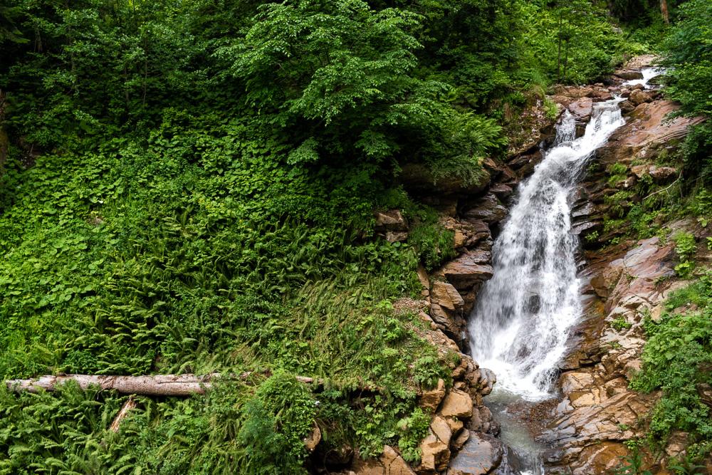 Роза Хутор летом: водопад Айя