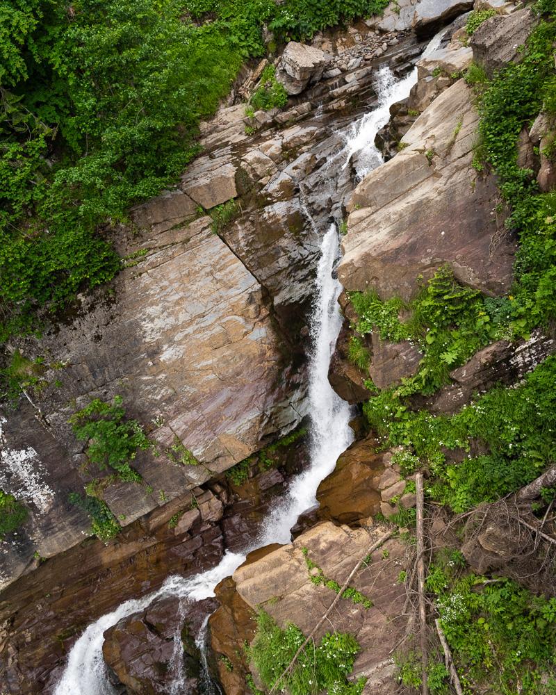 Роза Хутор летом: водопад Золотой