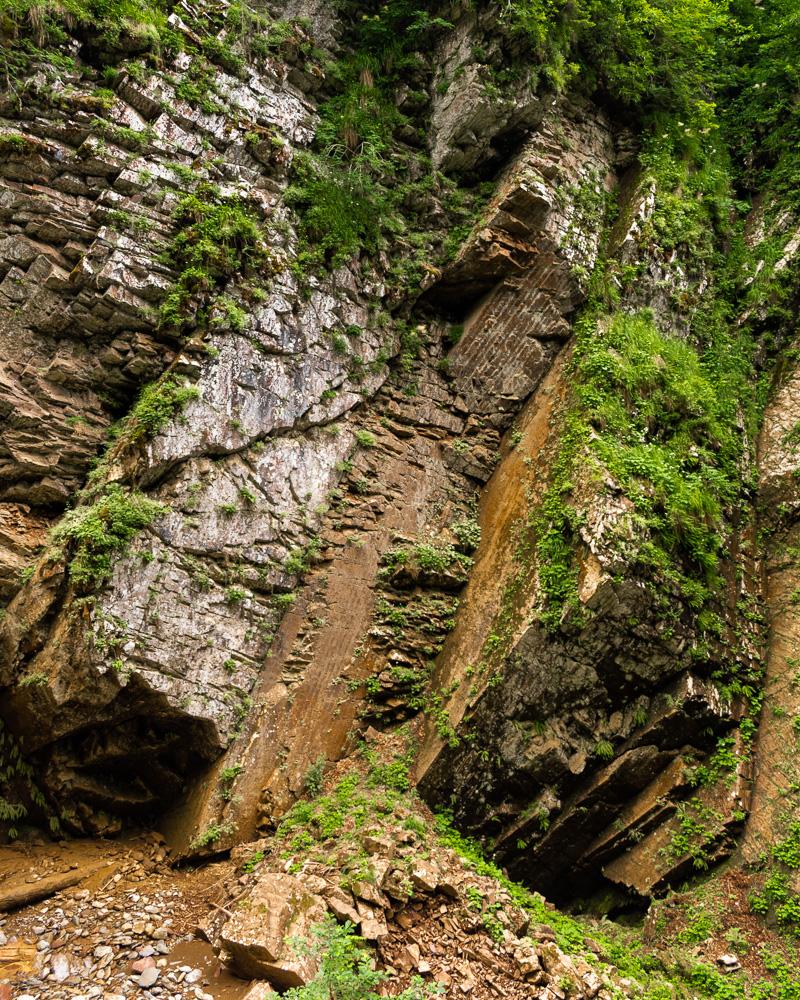 Роза Хутор летом: водопад Чара